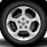 Nissan Leaf 2015 SV wheel