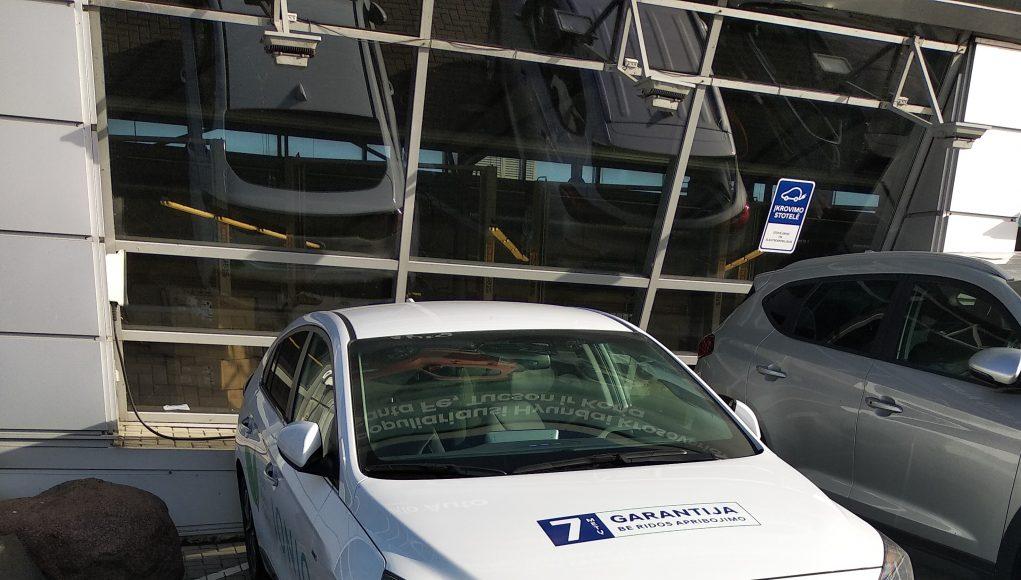 Hyundai Ioniq electric 38